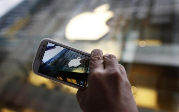 Samsung готує нищівний удар по Apple