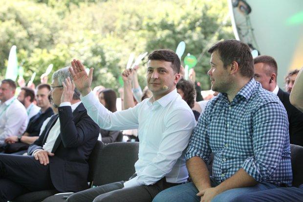 """Зеленский наступит Порошенко на """"ахиллесову пяту"""": ввести запрет"""