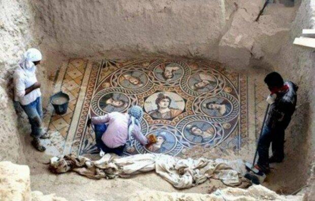 Археологи нашли бесценную находку, сохранялась 2000 лет: искусство, которое не подвластно времени