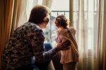 бабуся з онукою, фото:pxhere