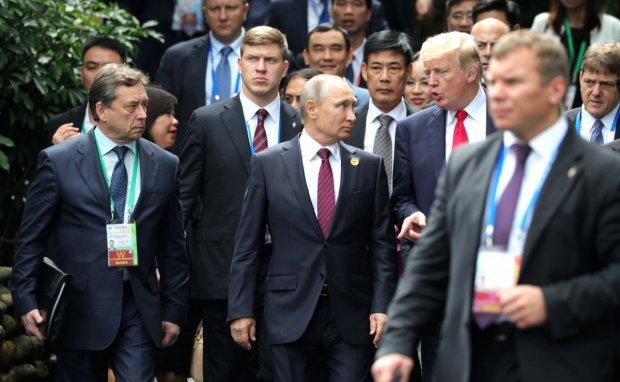 Путін отримав по щоках на Червоній Площі, а потім все спалили: американці показали Росії можливий розвиток подій