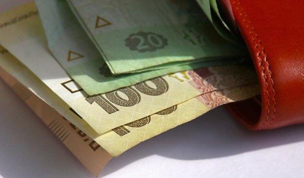 Держстат запевняє, що зарплати українців зросли на 25%