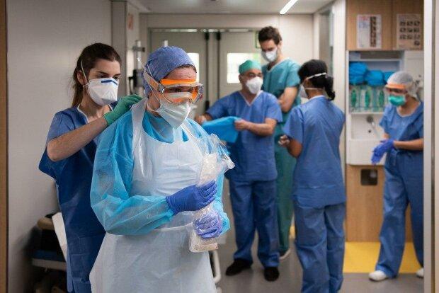 Cкільки вільних місць у лікарнях на випадок другої хвилі: МОЗ підбило проміжні підсумки пандемії