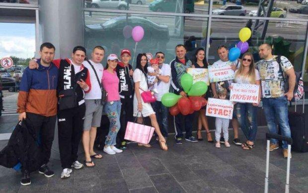 Беринчик та Малиновський повернулися в Україну після перемог в Угорщині