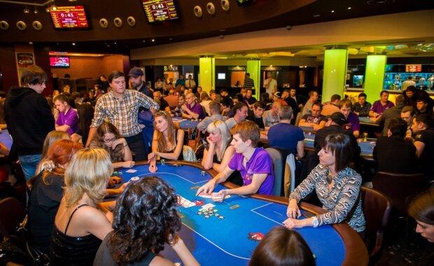 В Украине легализируют казино: у Зеленского признались, на сколько озолотится страна
