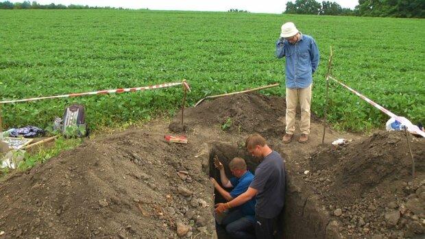 Унікальна знахідка - на Хмельниччині археологи виявили трипільське поселення 5 тисячоліття до нашої ери