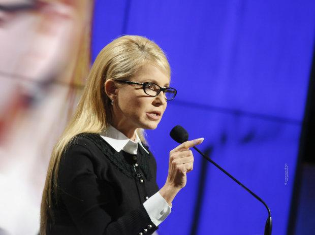 """Юлия Тимошенко: Феномен """"крестной матери"""" украинской коррупции"""