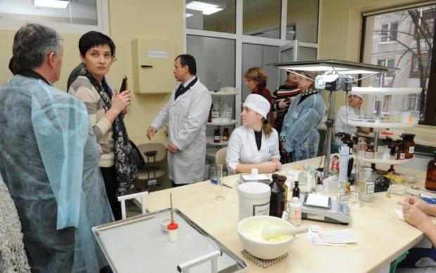 Контрабандні ліки в Україні: кому вигідний дефіцит в аптеках