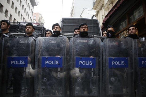 У Туреччині оточили дипбудівлі Нідерландів