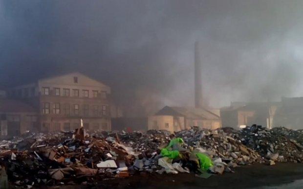 Пожар на харьковском заводе: появились первые пострадавшие