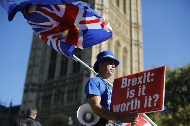 Британия резко передумала спешить с Brexit: немного перенесем