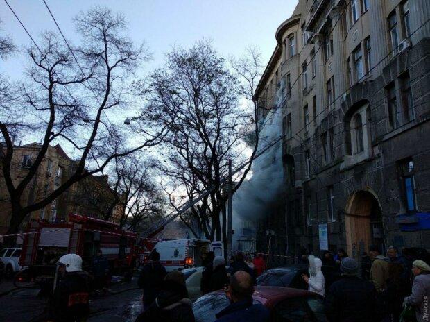 Пожар в Одессе, фото ZIK