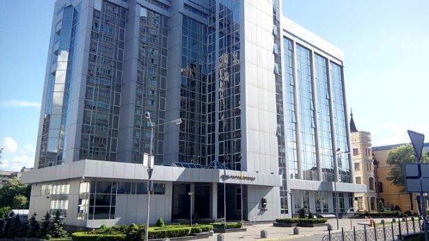 """ТСК Ради зобов'язала керівництво """"Укрзалізниці"""" вирішити проблему дефіциту кадрів і низьких зарплат"""