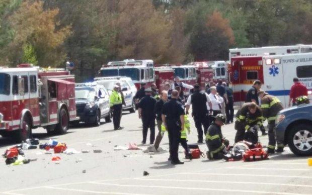 У США автівка протаранила натовп: є загиблі
