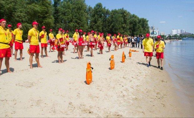 Киян просять не купатися відразу на кількох столичних пляжах: можна підхопити небезпечну інфекцію