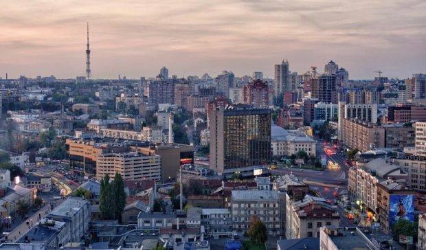 Європейська столиця має відходити від практики сутичок через забудови, – експерт
