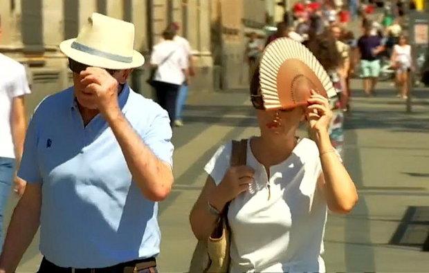 Вийти на вулицю й вижити: Супрун розкрила секрет боротьби з пекельною спекою