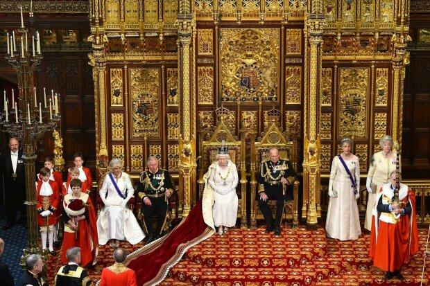 Різдво у родині монархів: Кейт Міддлтон з королевою Єлизаветою ІІ відзначать свято, як щирі українці