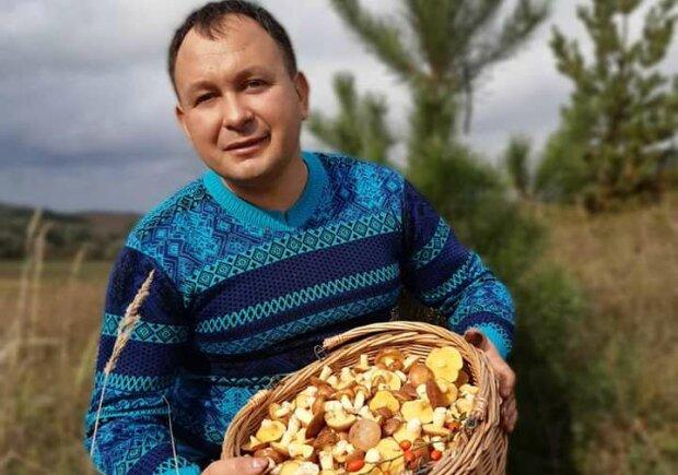 """Священник из Тернопольщины """"намолил"""" гигантские грибы: """"Как из Чернобыля"""""""