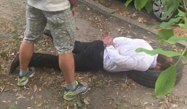 У Києві прокурора затримали за продаж амфетаміну