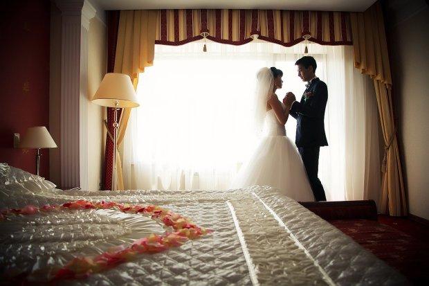 Перша шлюбна ніч: найбільш незвичайні традиції різних релігій