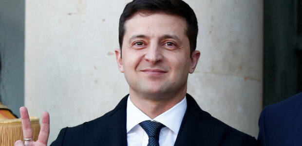 Зеленский убрал своих губернаторов Львовщины и Закарпатья: чиновники отреагировали странно