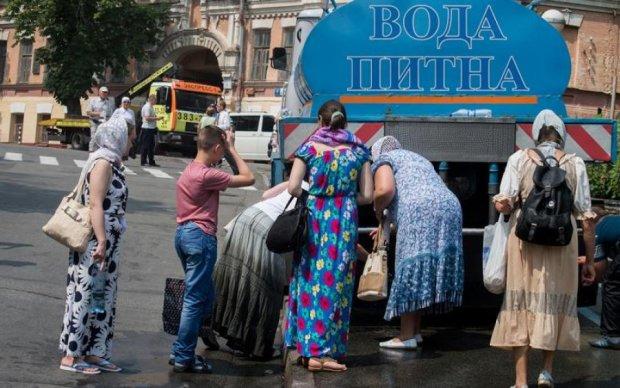 Відключення води у Києві: повний список адрес