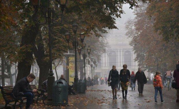 Прогноз погоди на 23 жовтня в Україні: відбудеться довгоочікувана зустріч антициклонів