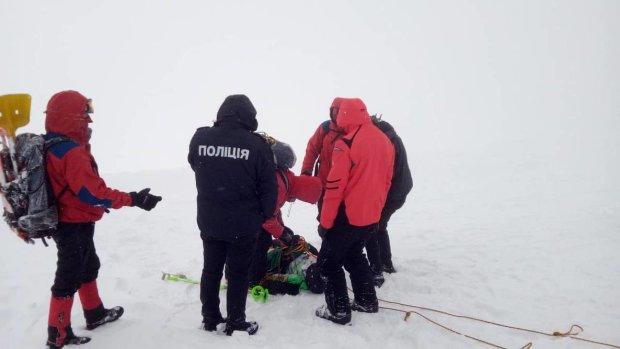 Трагедия в Карпатах: спасатели назвали имена погибших, видео