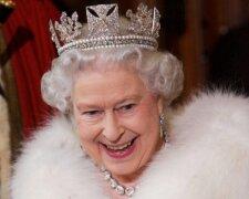 Британская королева Елизавета II, Pool/Tim Graham Picture Library