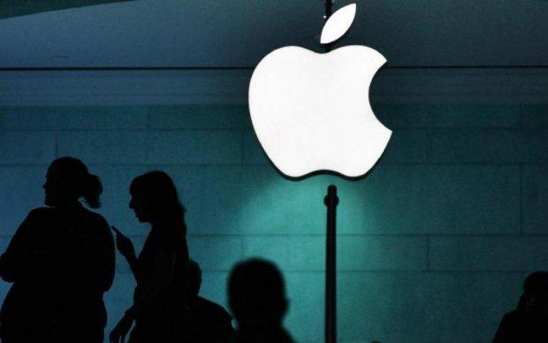 Apple случайно помогла хакерам и напакостила конкурентам