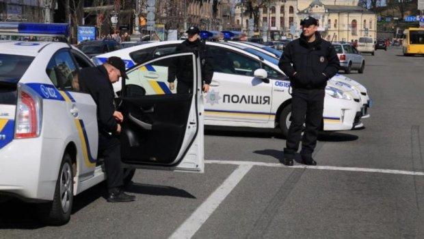 ДТП, стрілянина та погоня: в центрі Києва розігрався справжній бойовик