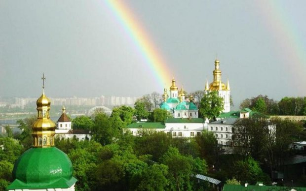 Скандал із Києво-Печерською Лаврою: що загрожує релігійній пам'ятці
