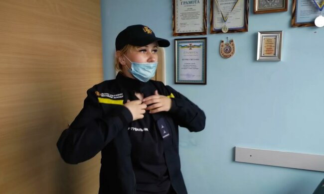 """Тендітна дніпрянка кинулася в пожежі Чорнобиля, мужності більше, ніж у чоловіків - """"Якщо не ми, то хто?"""""""