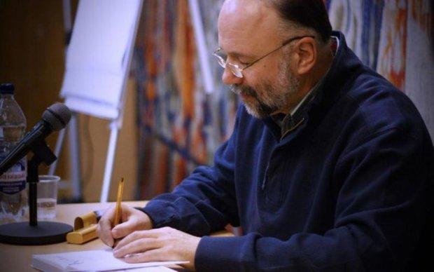Украинский Нострадамус: известный писатель предсказал преступления Путина