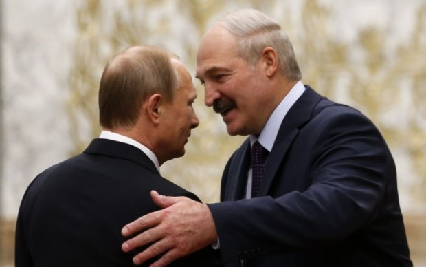 Соцсети пояснили, что означает внезапная любовь Лукашенко к Путину
