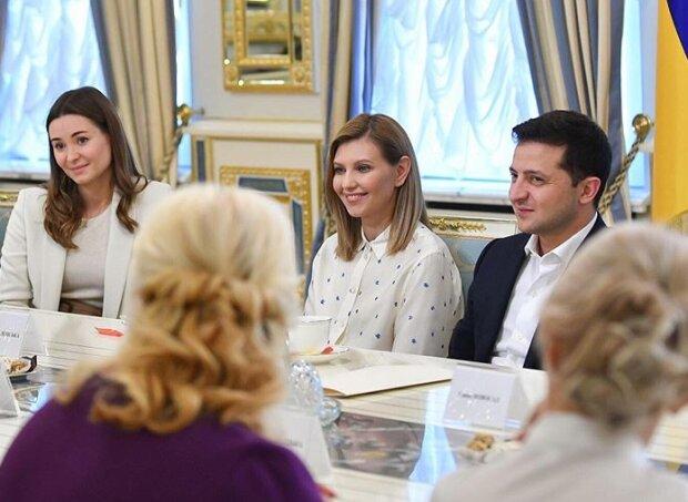 Зеленського із першою леді урочисто привітали у Латвії: церемонія офіційної зустрічі із Егілсом Левітсом