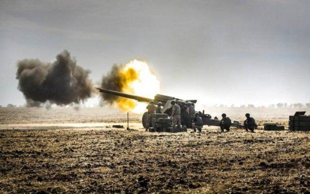 """Плювали вони на """"хлібне перемир'я"""": ситуація на Донбасі загострилася"""