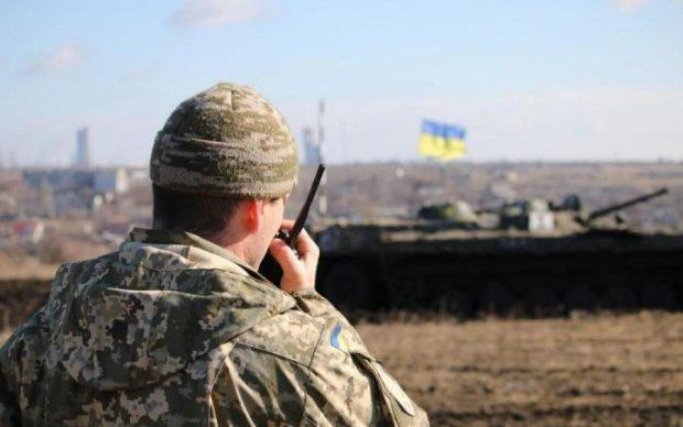 Українські захисники ефектно знищили путінське кодло на Донбасі