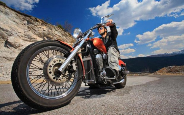 Bosch придумала, как обезопасить мотоциклистов