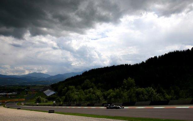 Формула-1: Розклад заїздів і прогноз букмекерів на Гран-прі Австрії