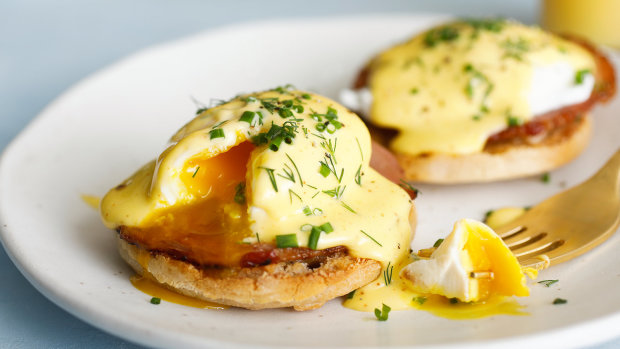 Яйця Бенедикт: рецепт вдалого сніданку