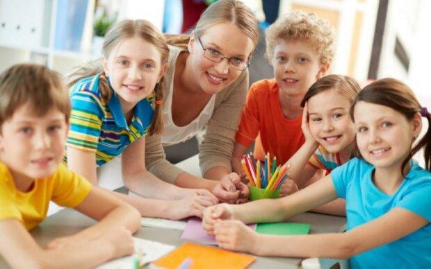 Де залишити дитину після школи, якщо немає групи продовженого дня
