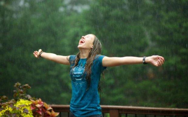 Погода на выходные: стихия покатает украинцев на жестокой карусели