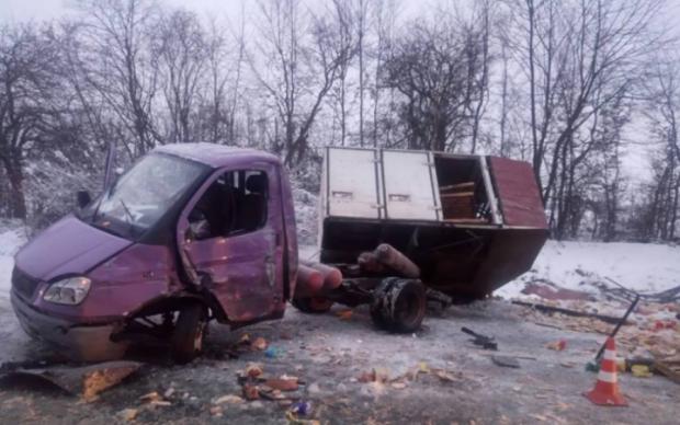 """На Львовщине автобус с заключенными протаранил """"Газель"""""""