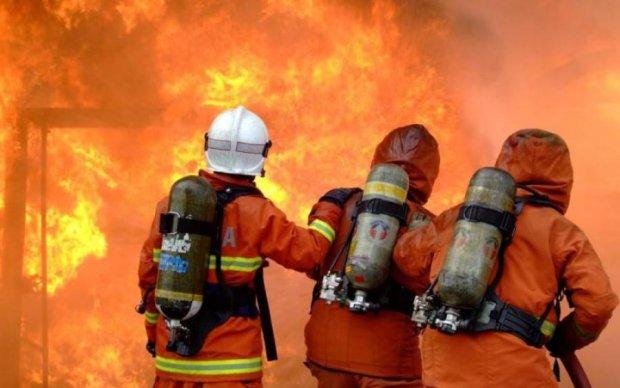 Пожар охватил санаторий в Одессе, объявлена эвакуация