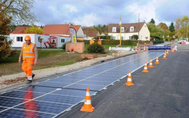 Дороги навчать збирати електроенергію