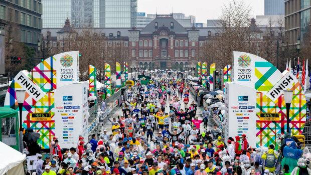 Марафон у Токіо - один з шести World Marathon Majors, runsociety.com