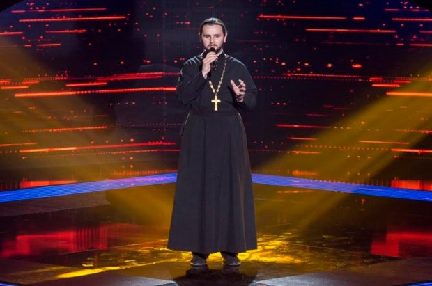 """Священник на """"Голос країни"""""""