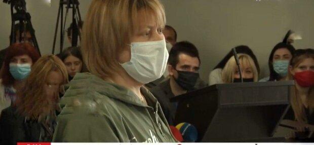 """В Запорожье судят воспитательницу  нелегального сада, на руках которой погибла девочка - """"Лупила детей"""""""
